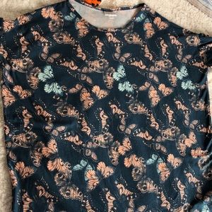 Small butterfly print top